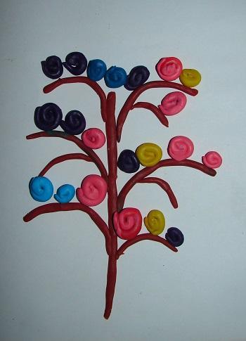 деревце из пластилина