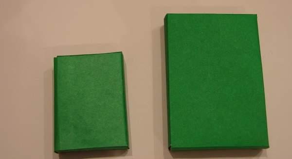 Два блока из коробков для изготовления танка