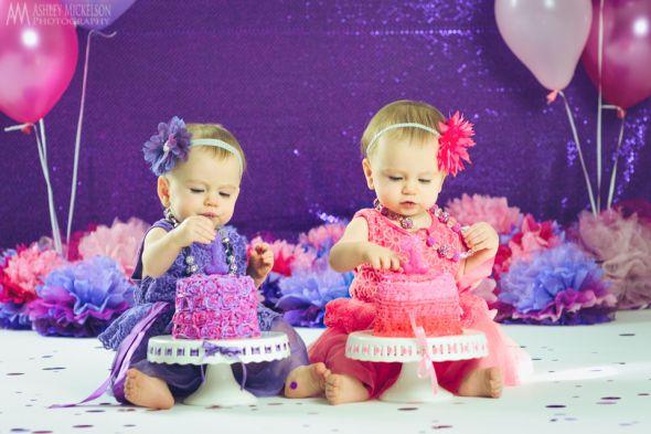 Поздравление девочкам - двойняшкам