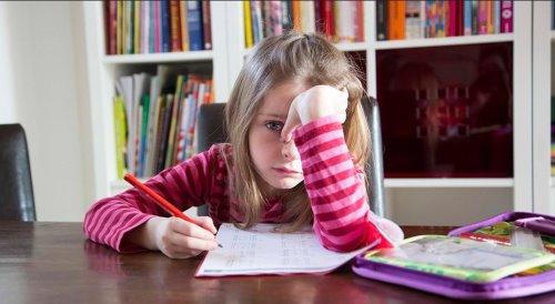 ребенок боится получить плохую оценку